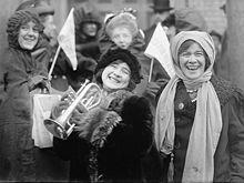 Suffragists Demonstrating 1913